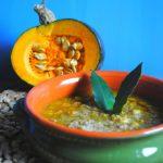 Zuppa di cicerchie e zucca